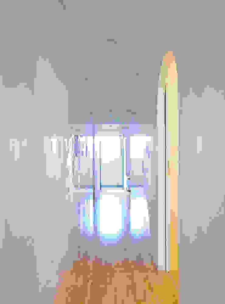 西葛西のリノベーション モダンスタイルの 玄関&廊下&階段 の 高田博章建築設計 モダン 木 木目調