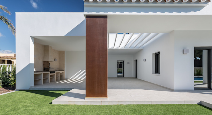 Detalle de la terraza exterior Casas de estilo mediterráneo de Laura Yerpes Estudio de Interiorismo Mediterráneo