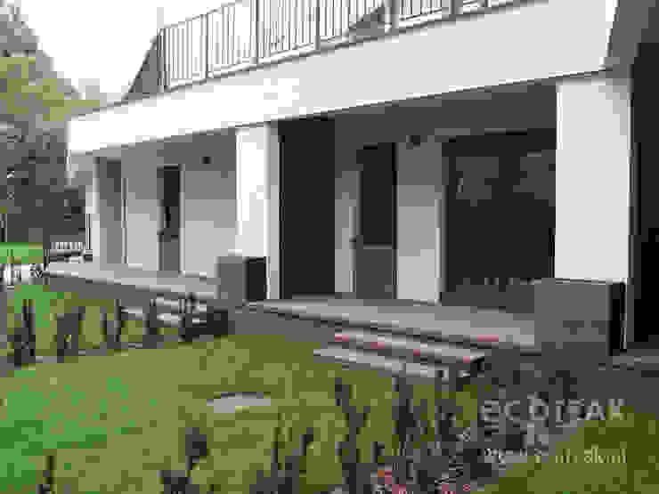 Taras, balkony i zabudowy wnęk – EcoTeak / miedziany brąz od EcoTeak Kompozyt Drewa