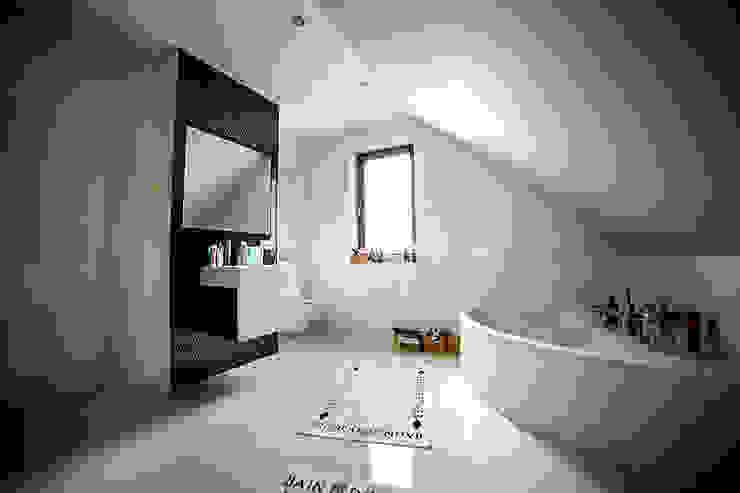 Salle de bains de style  par Biuro Projektów MTM Styl - domywstylu.pl, Moderne