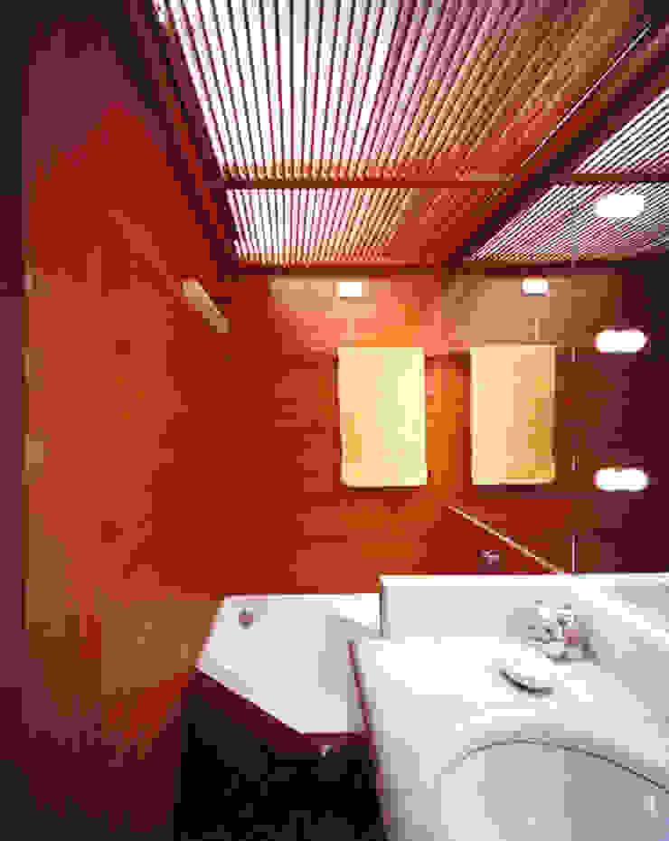 Baños de estilo moderno de VITTORIO GARATTI ARCHITETTO Moderno