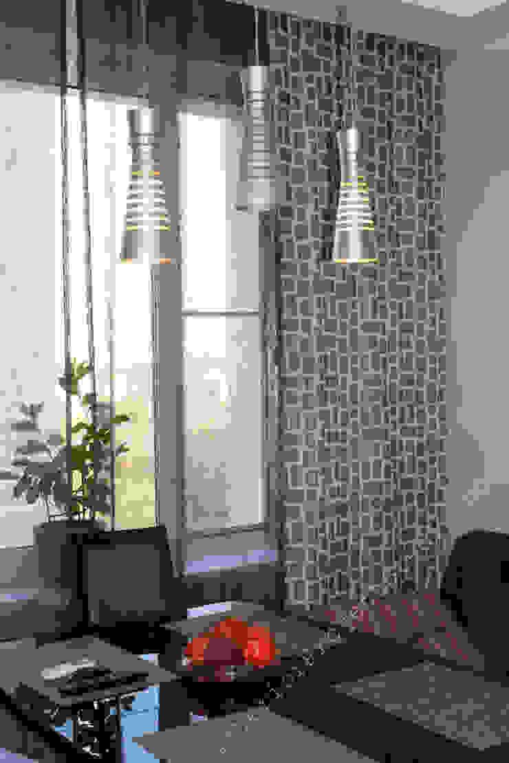 Мечты о лофте Столовая комната в эклектичном стиле от INTERIOR PROJECT studio Эклектичный