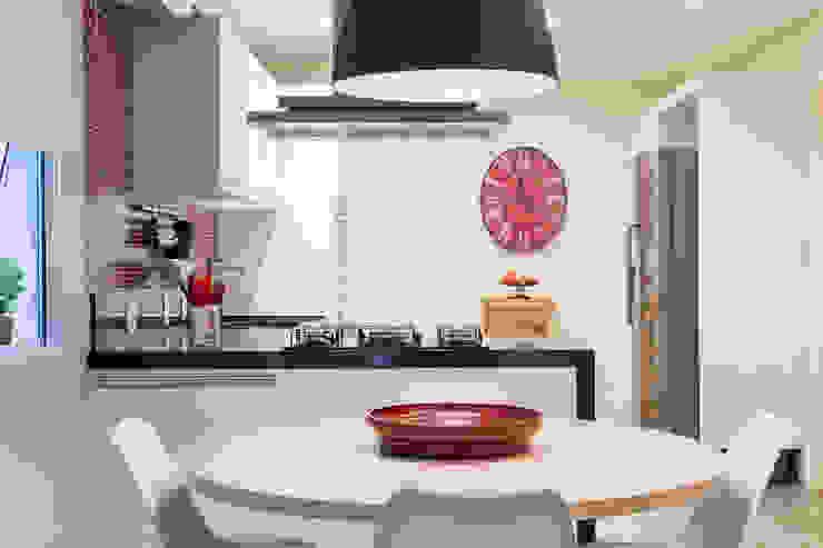 Cocinas modernas de Danielle Tassi Arquitetura e Interiores Moderno