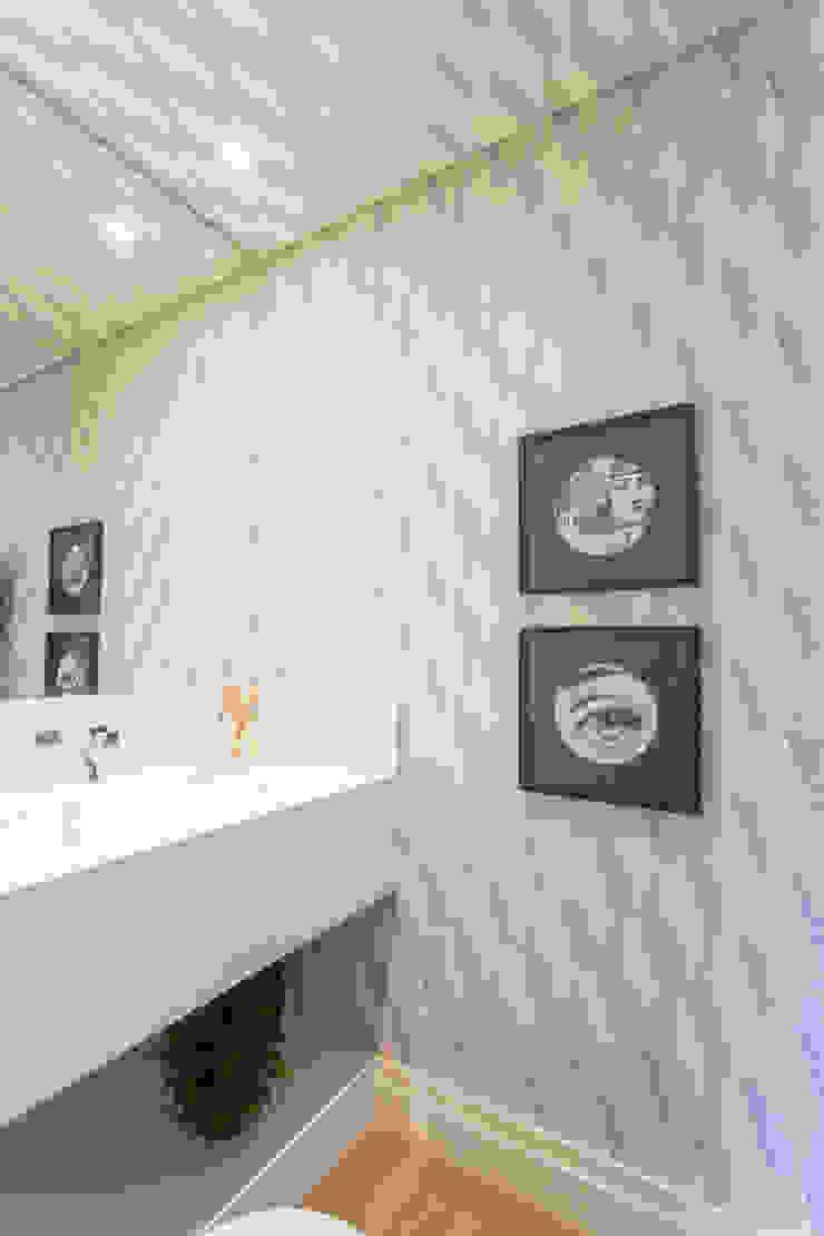 by Danielle Tassi Arquitetura e Interiores Сучасний