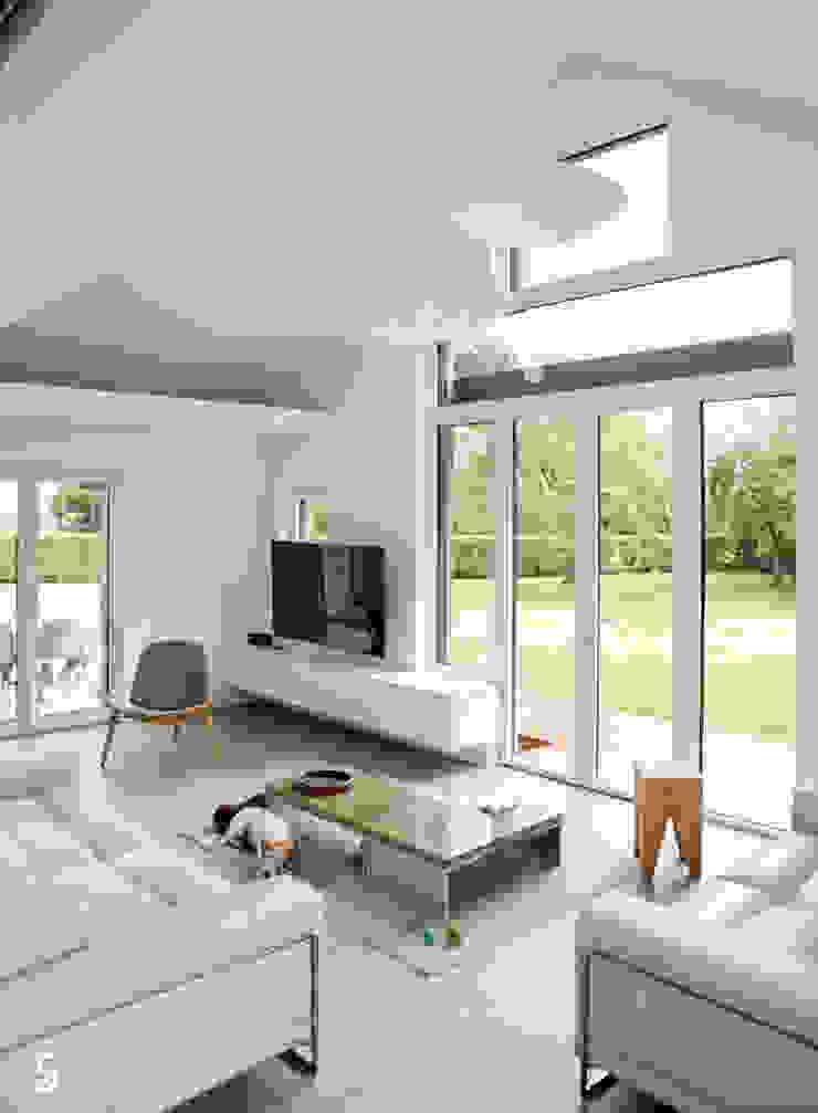 Гостиная в стиле минимализм от Emilie Bigorne, architecte d'intérieur CFAI Минимализм