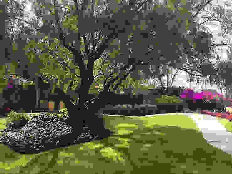Jardines de estilo mediterráneo de Hábitas Mediterráneo