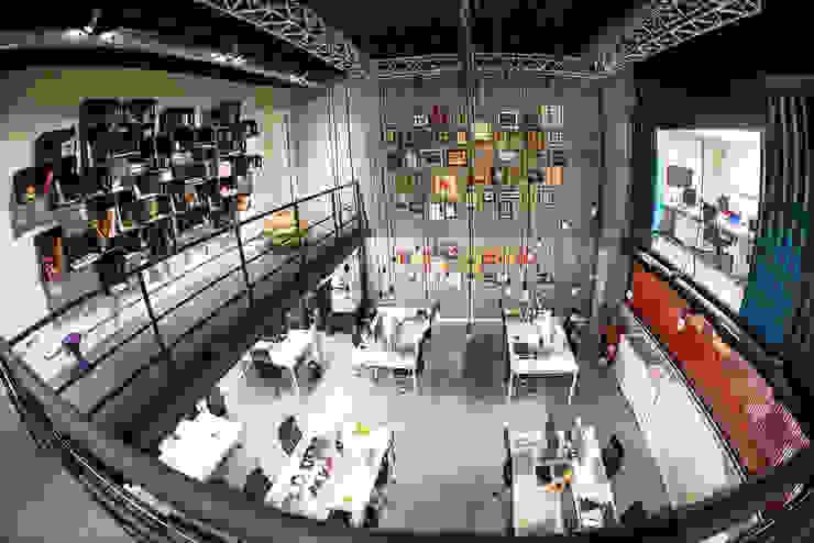 Projeto Corporativo Escritórios industriais por Pulse Arquitetura Industrial