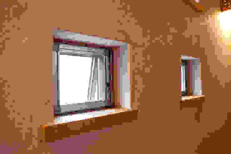 高槻の家 モダンな 窓&ドア の 株式会社 atelier waon モダン
