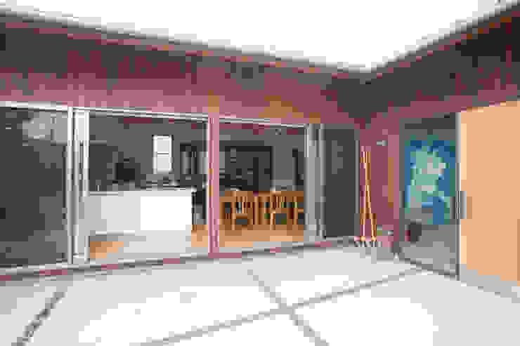 高取の家 モダンな 家 の 株式会社 atelier waon モダン