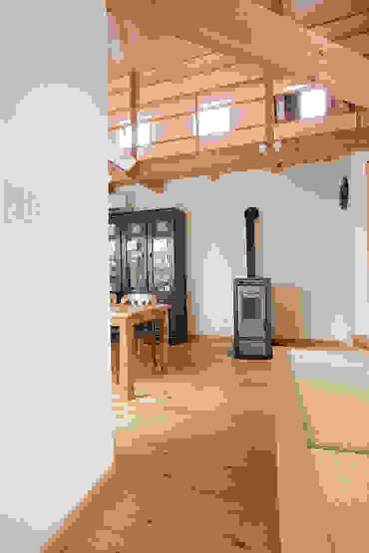 高取の家 モダンデザインの 多目的室 の 株式会社 atelier waon モダン