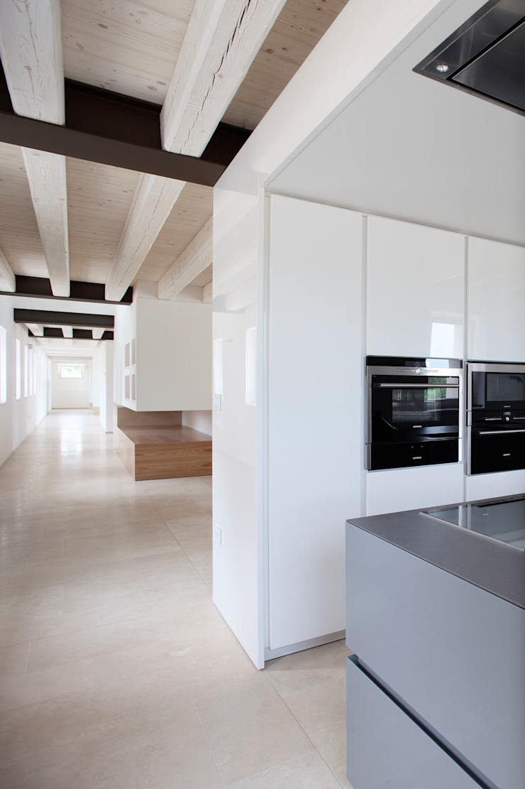 EXiT architetti associati Kitchen