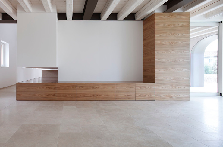 EXiT architetti associati Minimalist walls & floors