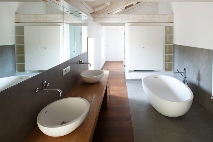 EXiT architetti associati Minimalist style bathrooms
