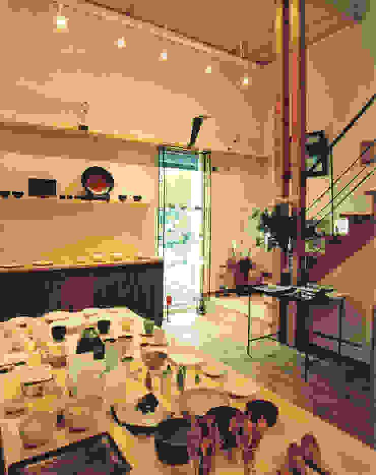 skog モダンデザインの 多目的室 の 株式会社 atelier waon モダン