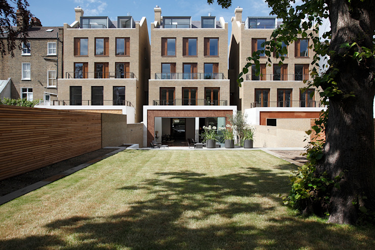Macauley Road Townhouses, Clapham Jardines de estilo moderno de Squire and Partners Moderno