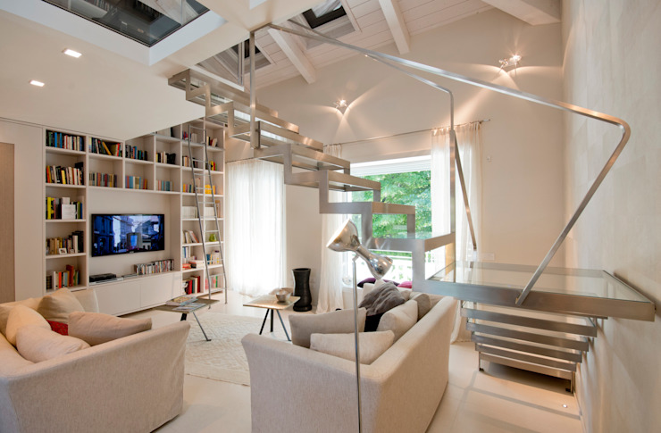 Eclectic style living room by bilune studio Eclectic