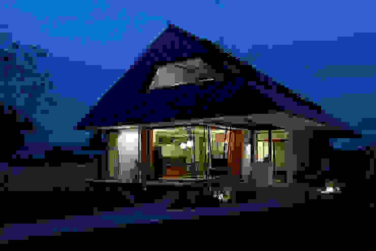 Casas de estilo  por arc-d, Moderno