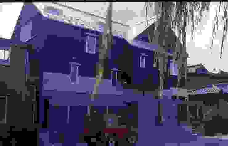 道路側外観。 モダンな 家 の 酒井光憲・環境建築設計工房 モダン 鉄/鋼