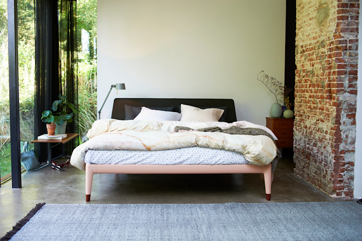 Bedroom by Koninklijke Auping b.v.