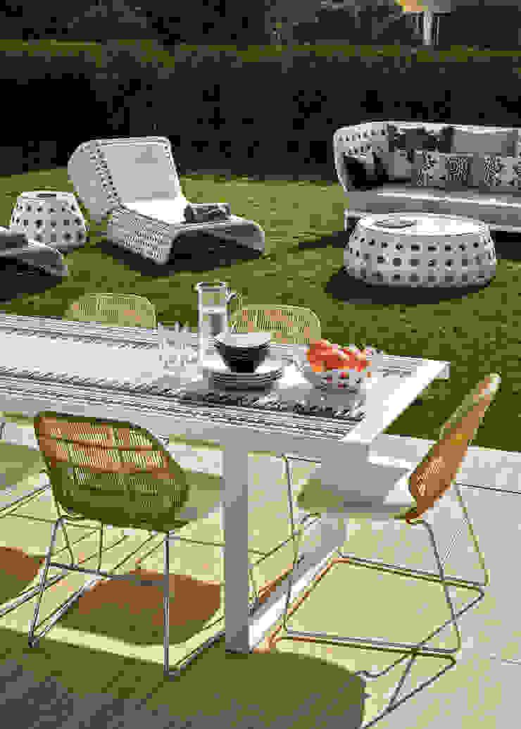 Silvia Costa | Arquitectura de Interiores Modern balcony, veranda & terrace