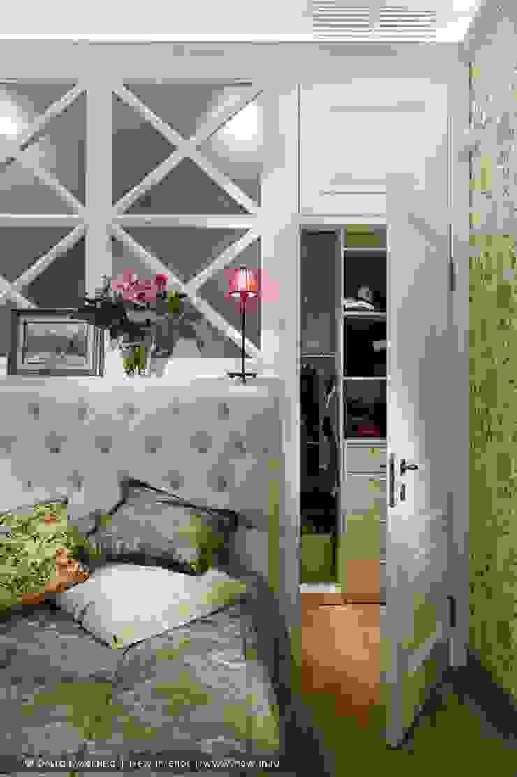 Трехкомнатная квартира в центре Петербурга в традиционном стиле Спальня в классическом стиле от Ольга Кулекина - New Interior Классический