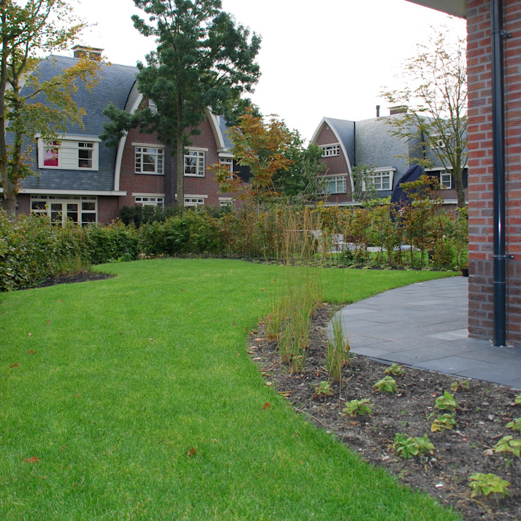 Villa tuin Bloemendaal Landelijke tuinen van Buro Floris Landelijk