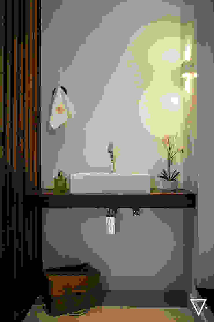 Projeto Churrasqueira Residencial Banheiros ecléticos por Caroline Ritzmann Stratmann Arquitetura e Interiores Eclético Madeira maciça Multi colorido