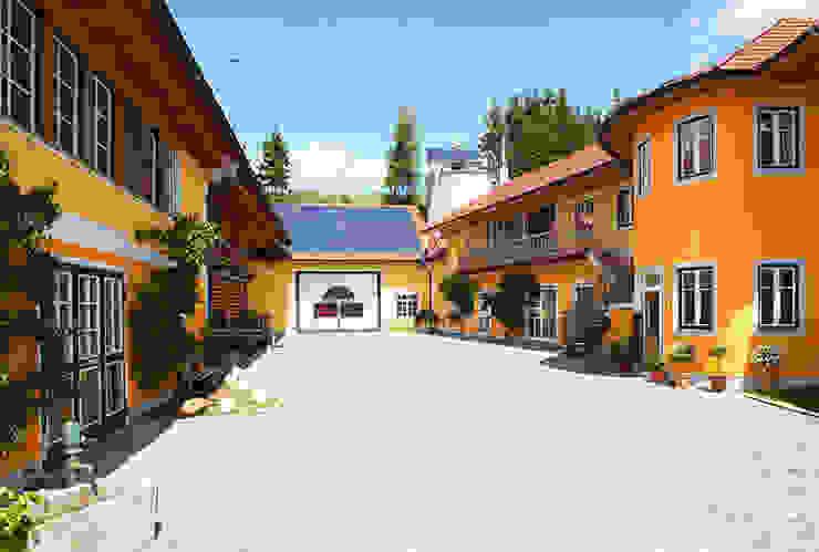 Modern Houses by First Class Holz GmbH Modern