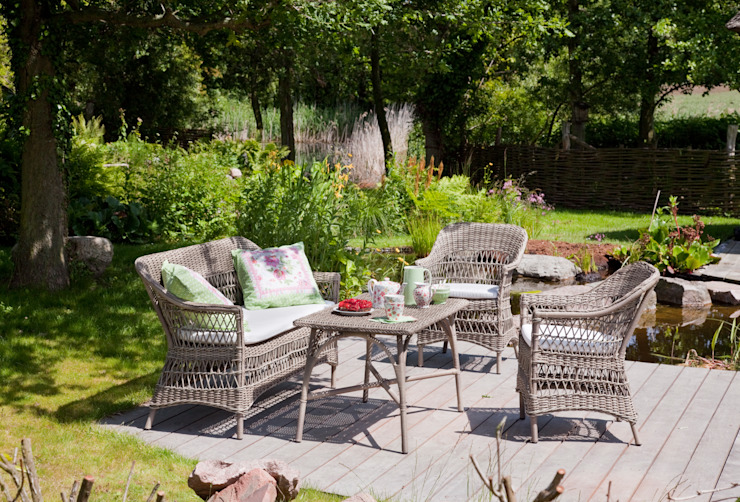 Myd-Zign Garden Furniture