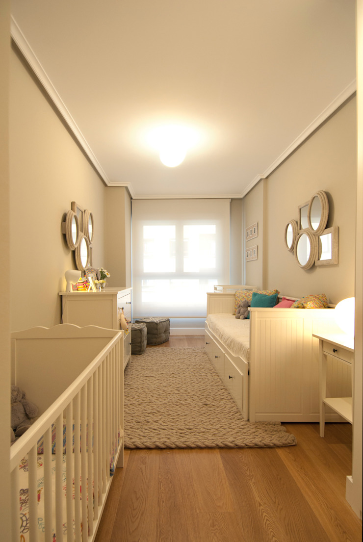Dormitorios infantiles modernos de Sube Susaeta Interiorismo Moderno