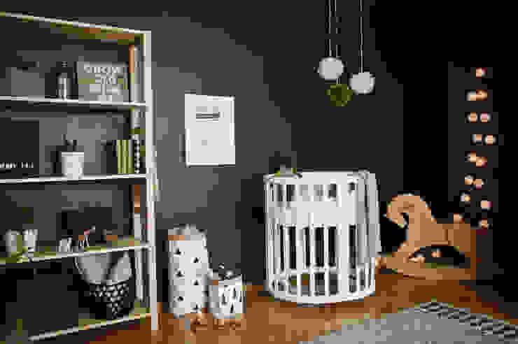 Квартира в скандинавском стиле Детская комнатa в скандинавском стиле от ИНТЕРЬЕР-ПРОЕКТ.РУ Скандинавский