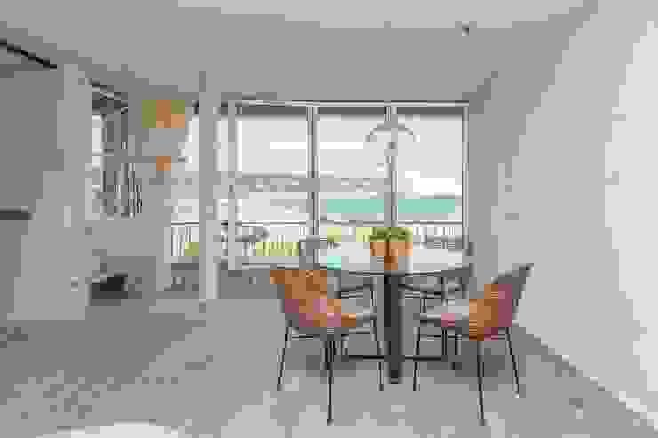 Apartamento l'Estartit - Illes Medes Comedores de estilo mediterráneo de Pia Estudi Mediterráneo