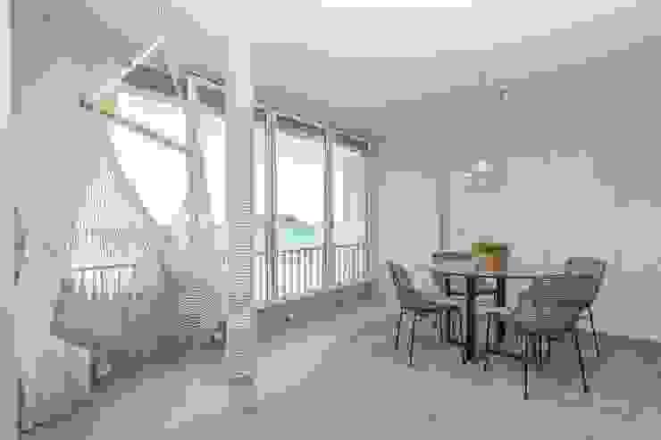 Balcones y terrazas de estilo mediterráneo de Pia Estudi Mediterráneo