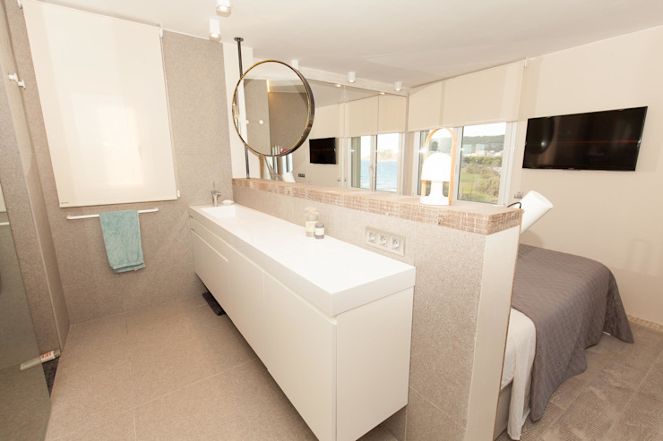 Apartamento l'Estartit - Illes Medes Baños de estilo mediterráneo de Pia Estudi Mediterráneo