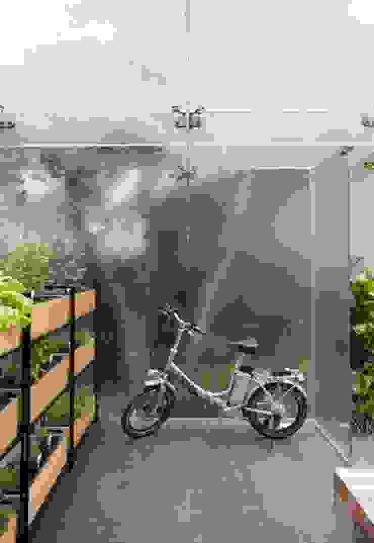 Bicicleta Eletrica Casas escandinavas por Patricia Martinez Arquitetura Escandinavo