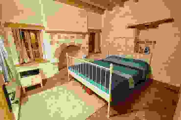 Taş Ev Akdeniz Yatak Odası F&F mimarlik Akdeniz