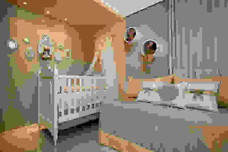 Quarto bebê Quarto infantil minimalista por Arquiteta Raquel de Castro Minimalista