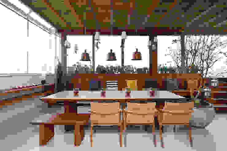 Cobertura VL Varandas, alpendres e terraços modernos por Studio Novak Moderno