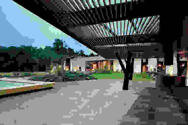 Rumah by Productos Cristalum