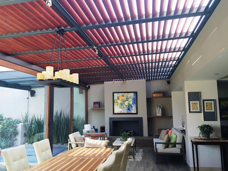 Modern dining room by Productos Cristalum Modern Aluminium/Zinc