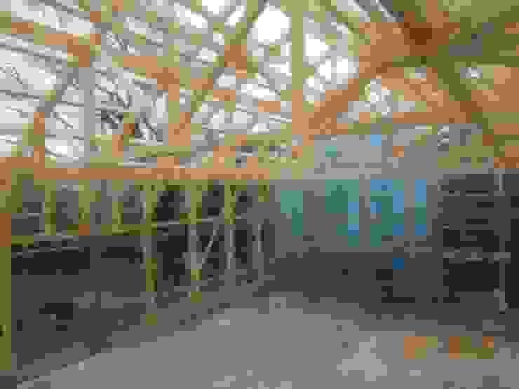 KONARAHOUSE工場 オリジナルな 家 の 木造トラス研究所・株式会社 合掌 オリジナル 木 木目調