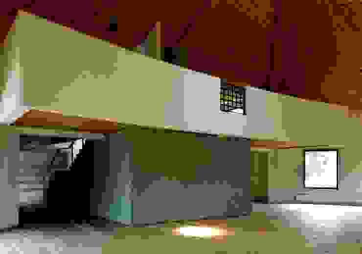 自己を築く学校建築 創作館 オリジナルな 壁&床 の 松井建築研究所 オリジナル
