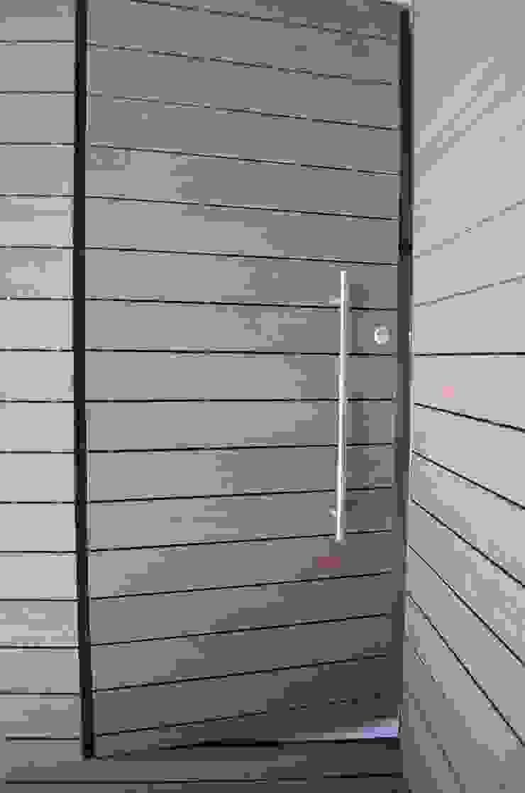 Conjunto Residencial Rinconada de fresnos de taven Moderno