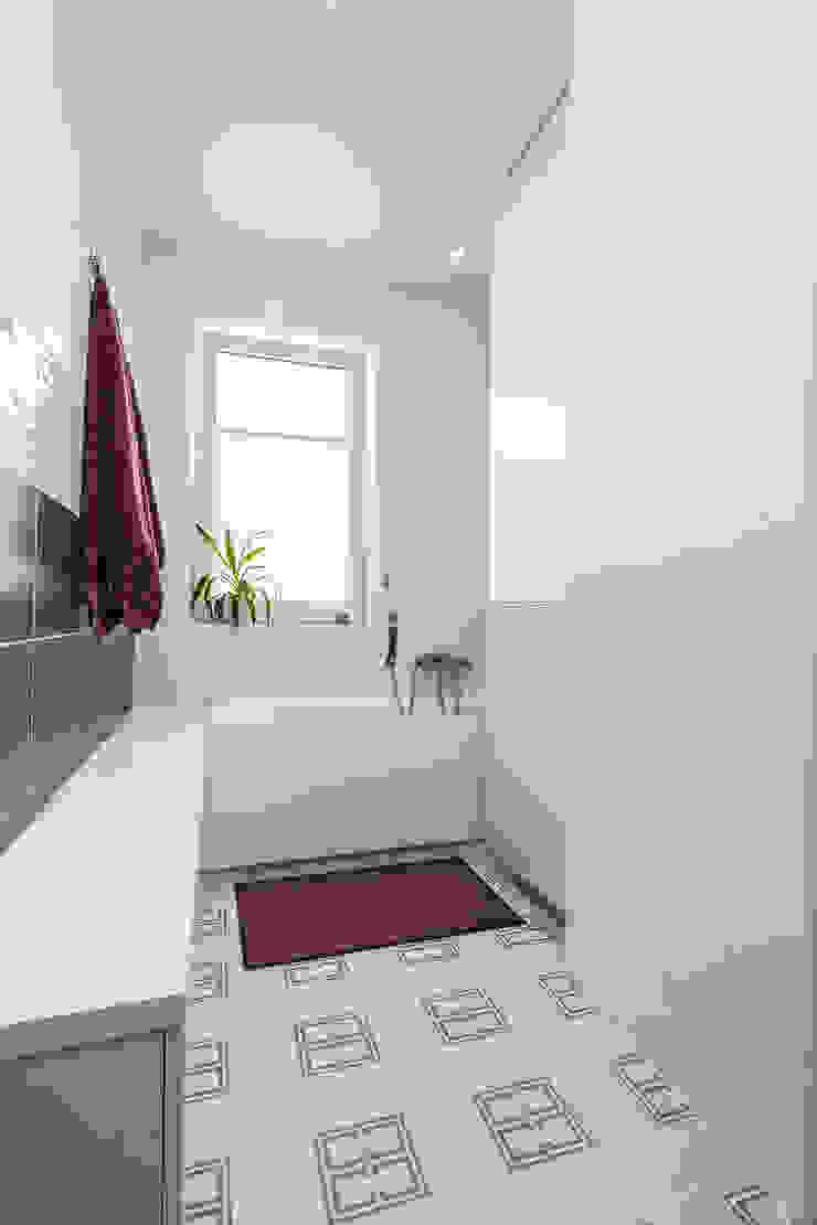 nowoczesna łazienka Nowoczesna łazienka od Kameleon - Kreatywne Studio Projektowania Wnętrz Nowoczesny