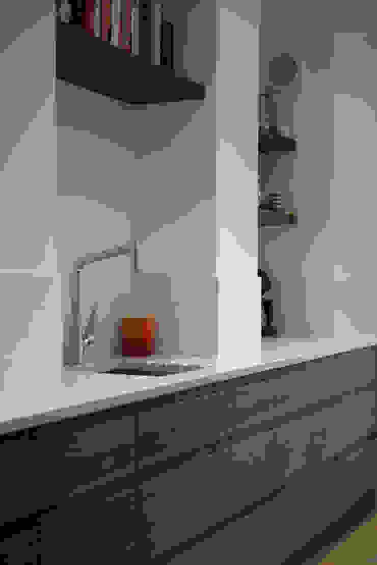 8 Dunollie Road ATOM BUILD LTD Modern kitchen