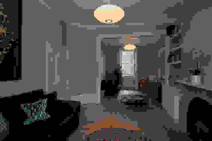 8 Dunollie Road ATOM BUILD LTD Modern living room