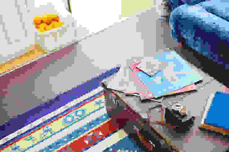 Salones rústicos de estilo rústico de Порядок вещей - дизайн-бюро Rústico