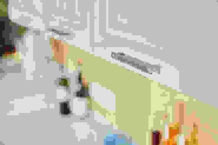 Cocinas de estilo rústico de Порядок вещей - дизайн-бюро Rústico
