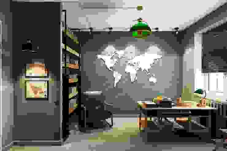Industrial style study/office by Дизайн студия Алёны Чекалиной Industrial
