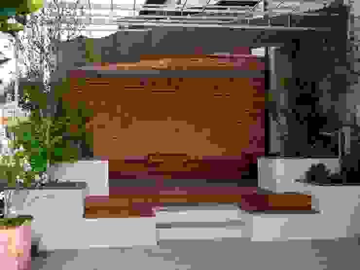 Vườn phong cách hiện đại bởi Paola Thiella Hiện đại